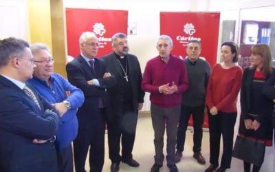 El obispo bendice el Centro Unificado de Reparto de Alimentos