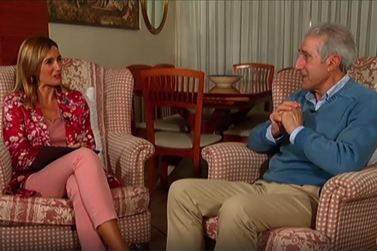 """El programa """"A solas con Ana"""" entrevista a Luis Lleyda, director de Cáritas La Rioja"""