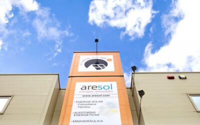Aresol realiza un donativo a Cáritas La Rioja